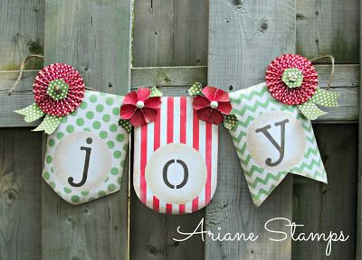 We love the traditional color scheme and the touch of distressing on this jolly holiday banner.Christmas Cards, Holiday Banners, Arian Stamps, Banners Kits, Banners Ideas, Stampin Up, Buildings, Joy Banners, Christmas Ideas