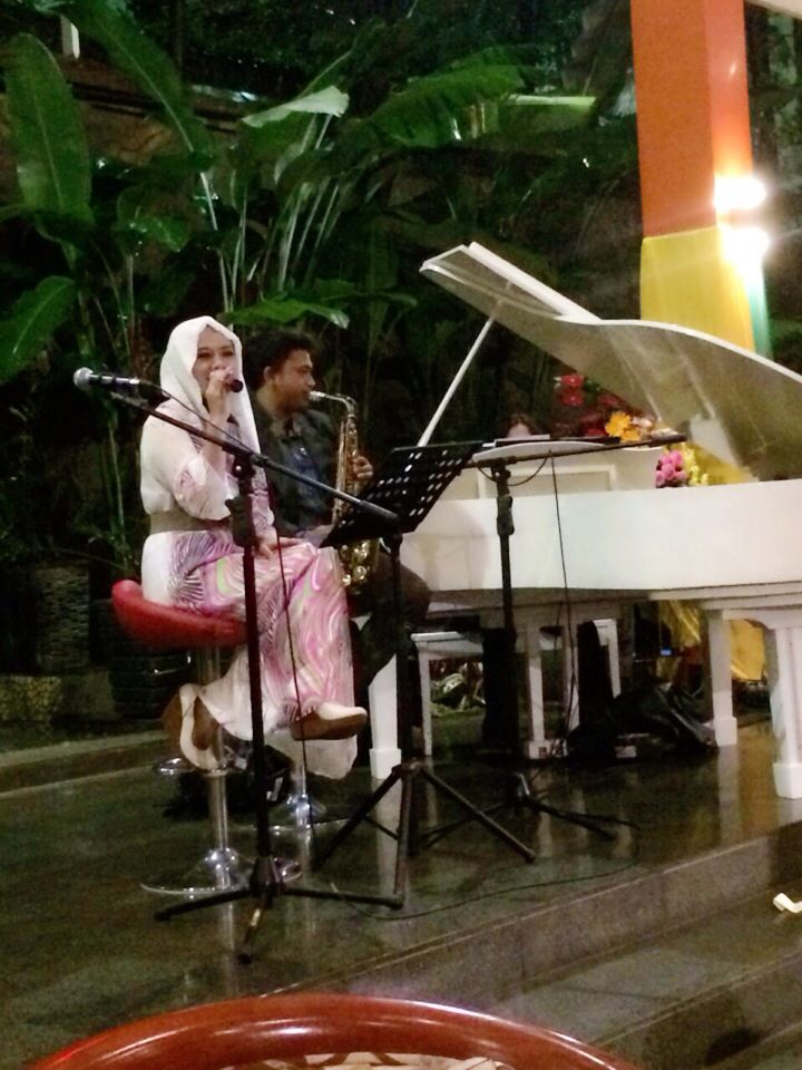 Vocal Piano and Saxophone