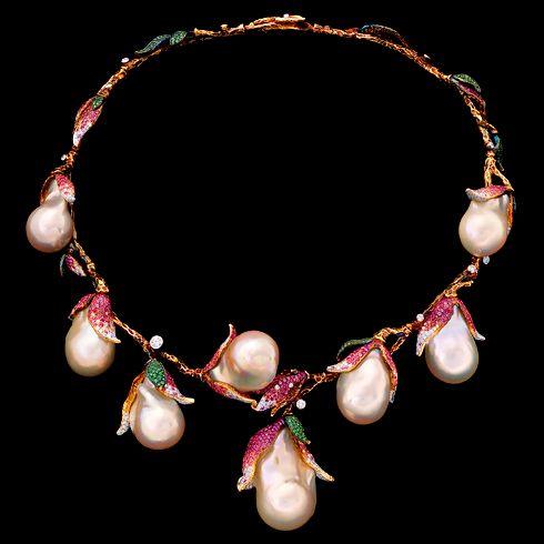 Jewellery Theater - Magnolia Necklace