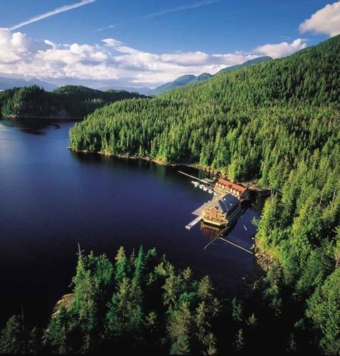 Best Floating Lodges In B.C. (PHOTOS)