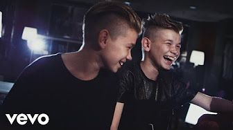 Marcus & Martinus - Plystre på deg (Official Video) - YouTube