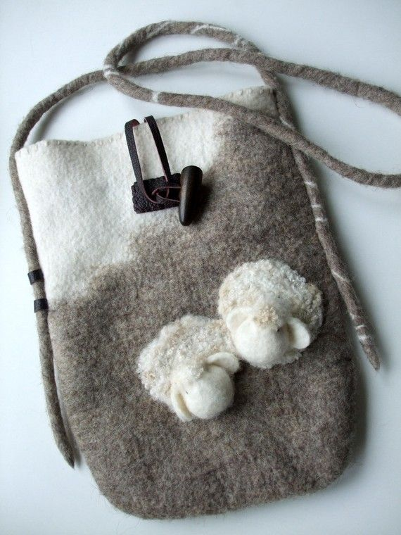 Wool Felted Bag sheep natural brown cream                                                                                                                                                                                 Más
