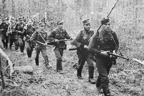 Long range patrol led by Lieutenant Toivo Korhonen, a Knight of the Mannerheim Cross. Continuation War