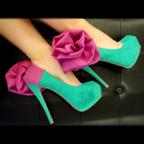 HEEL CONDOMS!    http://www.theheelcondoms.com: Shoes, Pink Flowers, Colors Combos, Fashion, Style, Dresses Up, Highheels, Pump, High Heels
