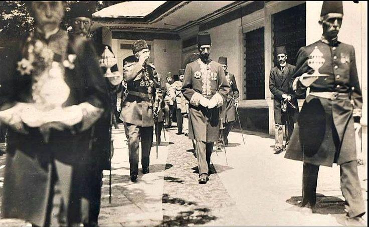 Sultan Vahdeddin'in padişahlığının ilk günü,culüs töreni  Tufan Baş adına yeniden albüme yüklenmiştir.