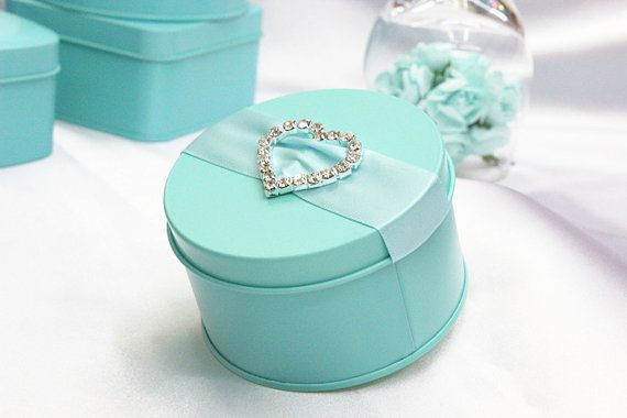 50 pcs Tiffany blue Iron Wedding Favor Candy Box with ribbon and rhinestone heart , DIY Party Paper Favor Box , Candy Box