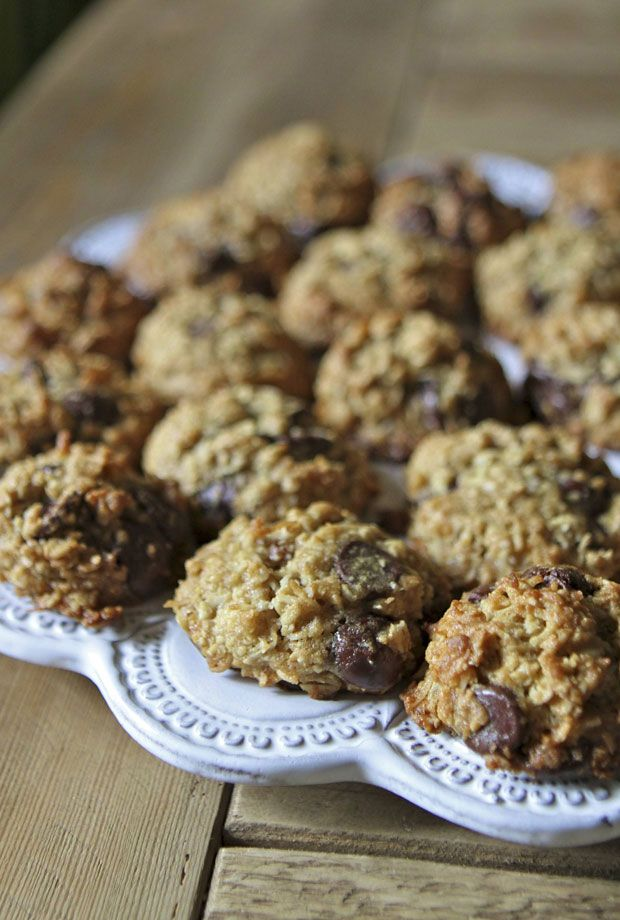 Oatmeal Coconut Chocolate Chip Cookies I'm wondering what a cookie ...