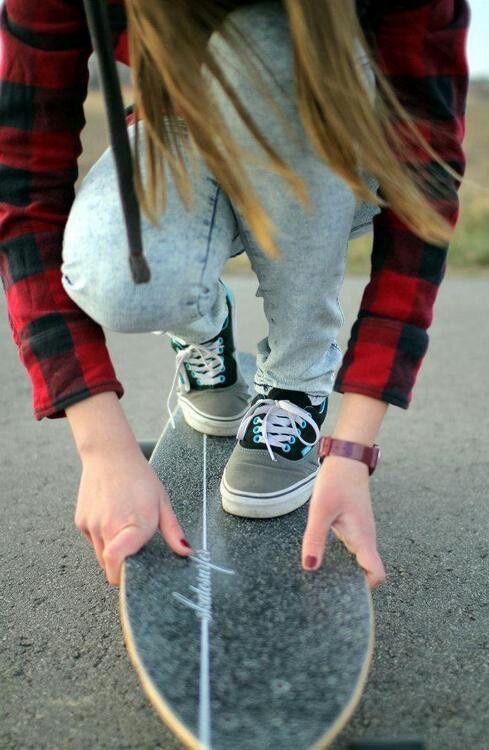 Sk8... Skate girl...                                                                                                                                                                                 Mais