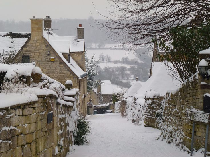 pagewoman:   Painswick, Cotswolds, England... - Chronicles of a Love Affair with Nature