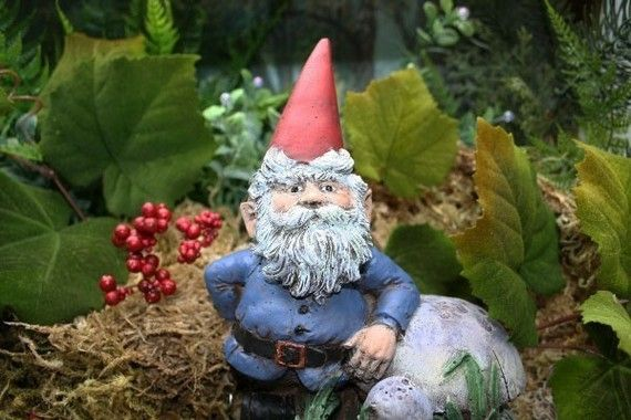 Garden Gnomes For Sale Cute Lawn Gnome is  Perfect for your Secret Garden