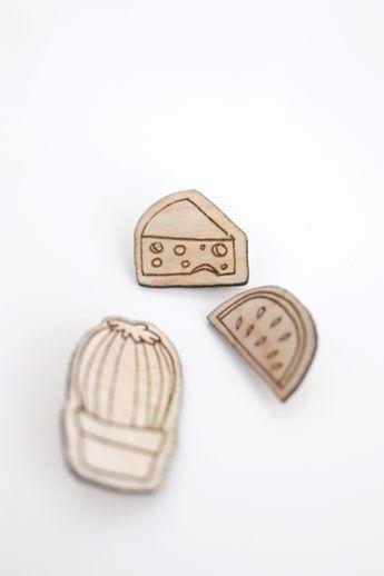 Wooden lasercutter brooches