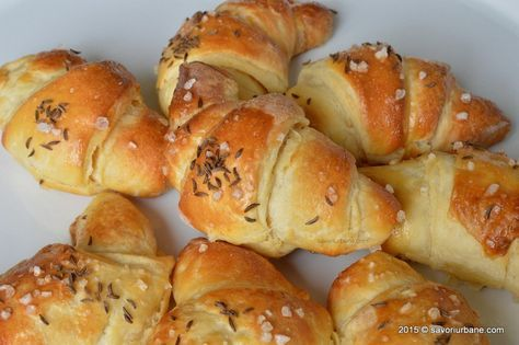 Cornuri sarate cu unt din aluat cu cartofi Savori Urbane (1)