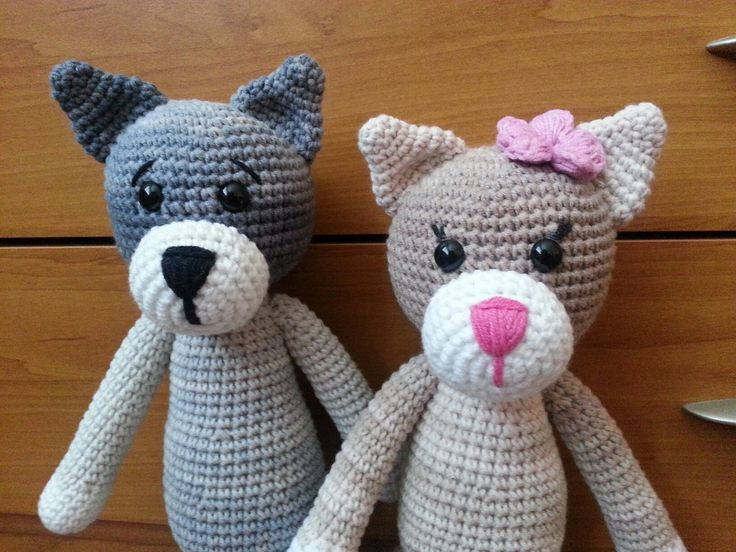 Háčkovaný kocúr a mačka :-)
