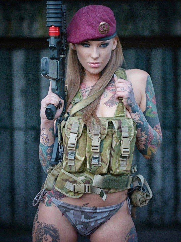sexy women in the army
