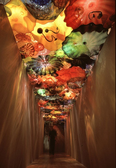 I can't belive this is glass and you can walk under it amazing Dale Chihuly