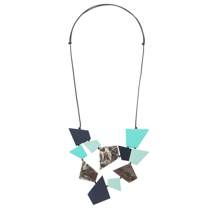 Buy the Toni Angular Shapes Collar Necklace at Oliver Bonas. Enjoy free worldwide standard delivery for orders over £50.