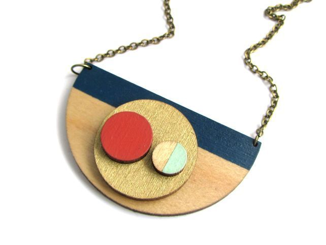 Abstract Stripe Statement Circle Necklace £24.00