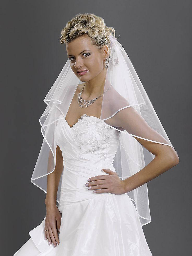 Očarujúci elegantný svadobný závoj so saténovým lemom z kolekcie Glamour.