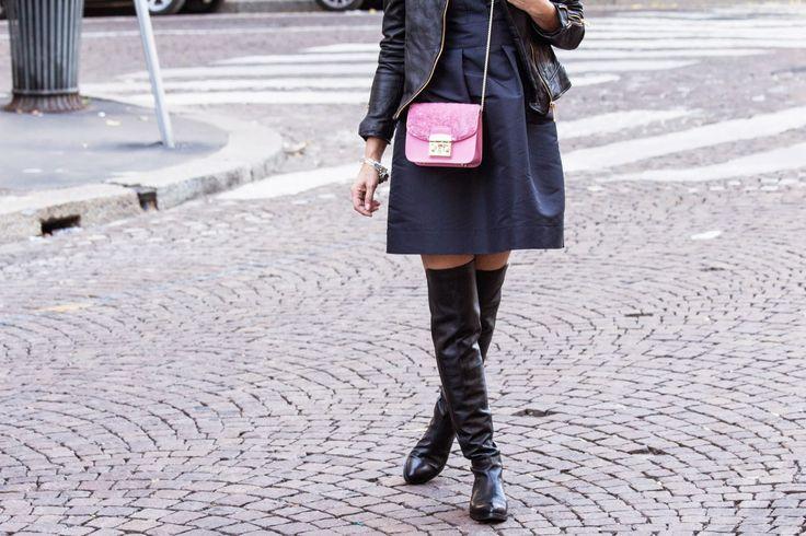 Furla Metropolis Pink Fur Mini Bag + Black cuissardes FashionBlogger - Street Style