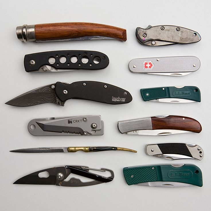assorted small pocket knives