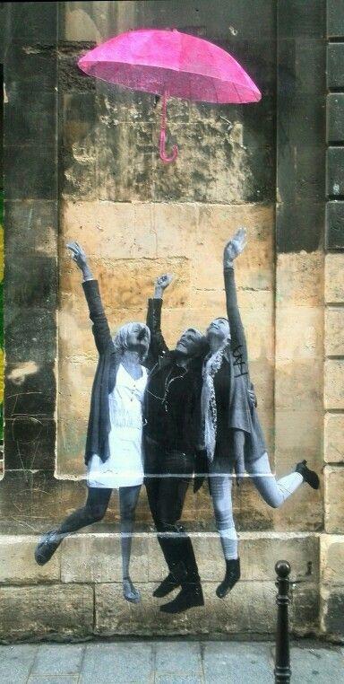 Le mouvement - street art - paris 4 rue vieille du temple - nov 2014...