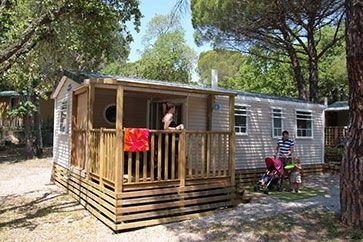 Glamping 'VIP 6' - camping La Bastiane - Côte d'Azur - Puget-sur-Argens - Frankrijk #luxurious #glamorous #kamperen by @Vacansoleil