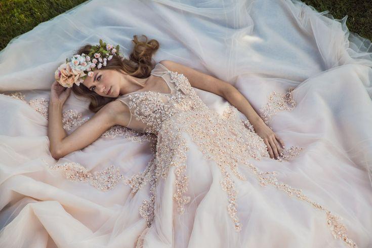 BRIDAL COUTURE S/S 2018 #bridal #hautecouture #maisonrenatamarmara #bridaldress #weddingdress #dress #bridalcouture #nifiko #nifi #wedding #bride