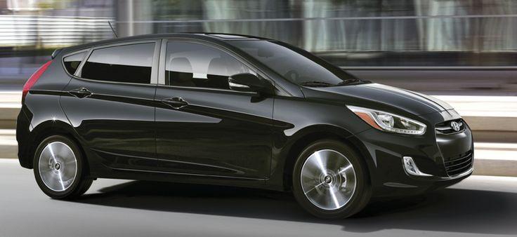 2015 Hyundai Accent Hatchback_3.jpg