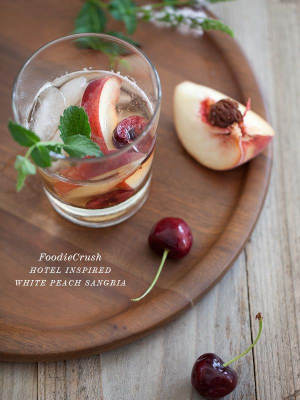 White Sangria with Peaches and Pear Juice