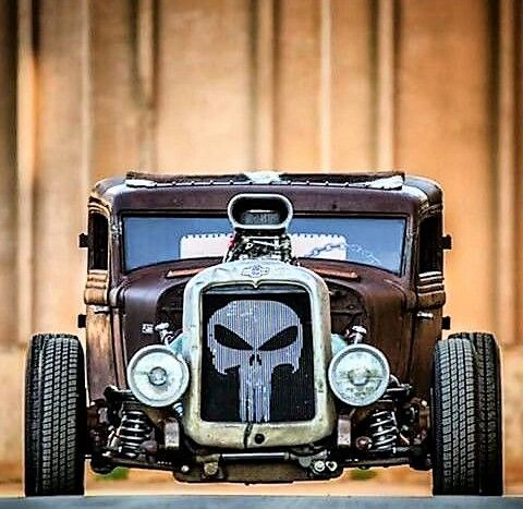 Punisher skull in the grille.