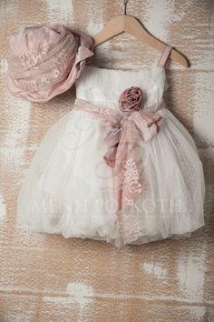 Βαπτιστικό ρούχο για κορίτσι της cat in the hat -Rafella