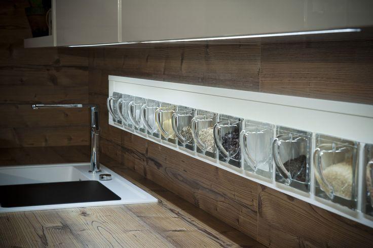die besten 25 dan k chen ideen auf pinterest duschset handtuchhalter infrarot und lichter. Black Bedroom Furniture Sets. Home Design Ideas