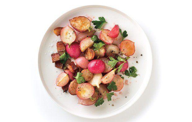 Жареный редис с беконом - кулинарный пошаговый рецепт с фото на KitchenMag.ru