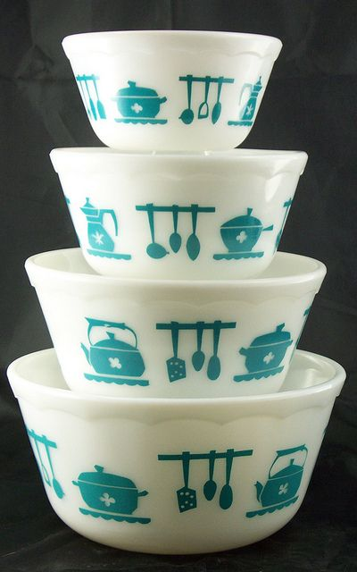 Vintage Hazel Atlas bowls