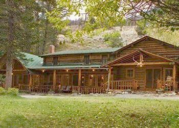 24 best images about hunting lodge on pinterest buffalo for Hunt texas cabins