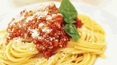 Jennifer learns to cook: Spaghetti Bolognese | Main Dishes | Fairlady