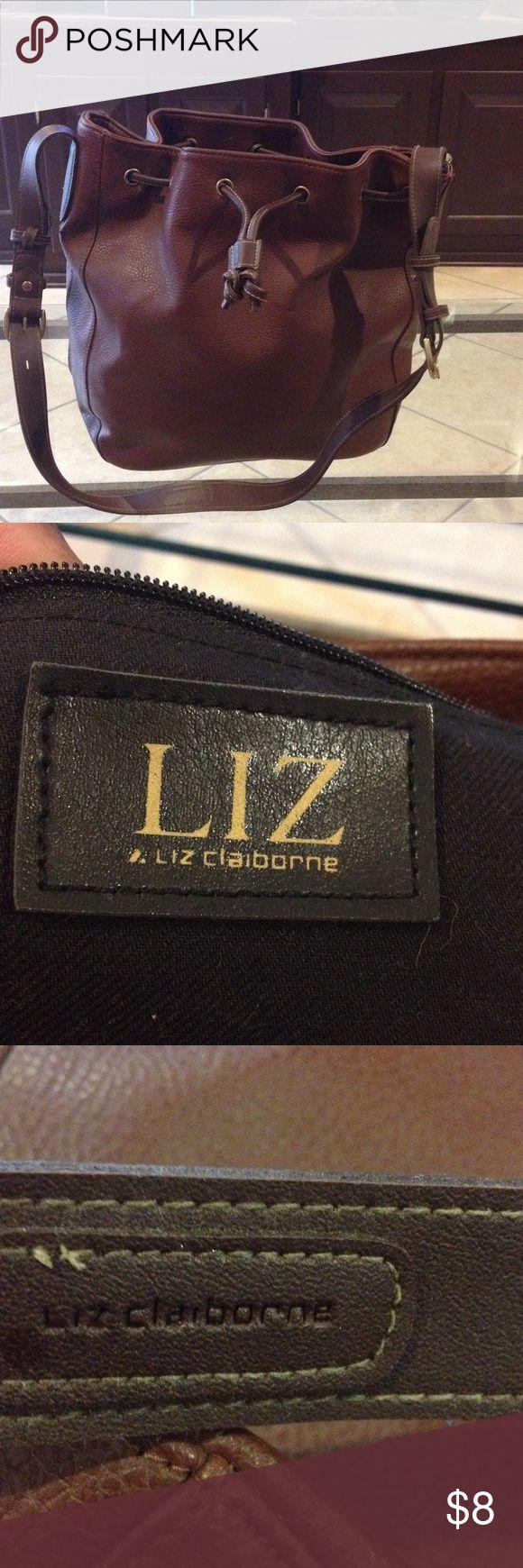 Liz Claiborne brown purse good condition Liz Claiborne brown purse good condition Liz Claiborne Bags