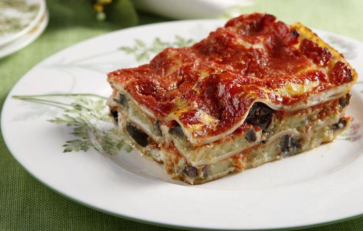 Λαζάνια με μελιτζάνες, ντομάτα και φρέσκια μυζήθρα - Συνταγές - Πιάτα ημέρας | γαστρονόμος