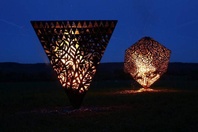Fire Sculptures by Aragorn.