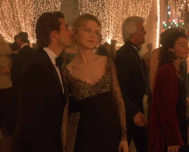an analysis of kubricks film eyes wide shut Eyes wide shut is one of the most moving, playful, and complex movies i have ever seen i love the way stanley kubrick expresses the film's theme of social and psychological doubleness through a double entendre.