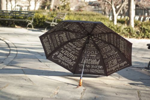 I would like this umbrella please sir: Typography Umbrellas, Mary Poppins, Leen Sadder, Pretty Fonts, Types Design, Design Art, Design Schools, Great Ideas, Typography Inspiration