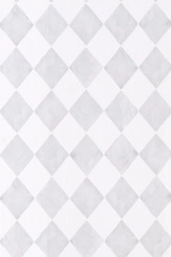 Wallpaper by ellos Tapet Harmony ljusgrå En tapet i non-woven material. Varje rulle är 10,05 m. Bredd 53 cm. Mönsterpassning 13 cm. <br>Made in Sweden.<br>