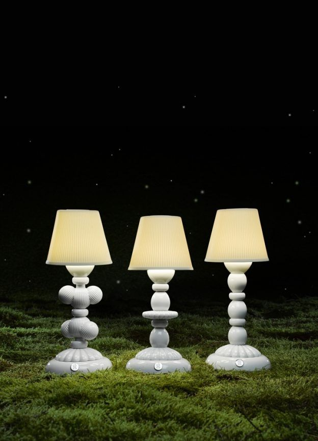 Cactus Firefly Table Lamp. White