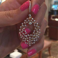 http://rubies.work/0071-ruby-rings/ Diamond lock type earrings