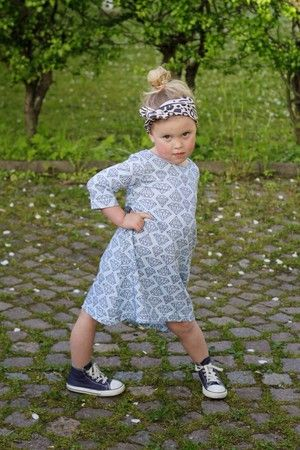 Childrens fabric and fabrics, Sewing, sy, sytt, liandlo, kinderstoffe, stoff, kangas, tyg, tyger, Fabric for children, sewing, jersey, diamonds, diamanter, diamanttyg, diamond fabric
