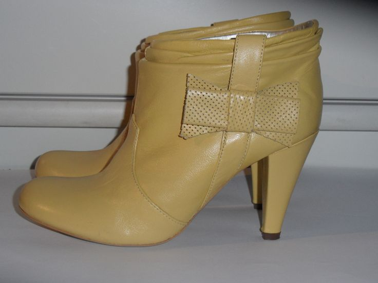 Yellow boots by Killah