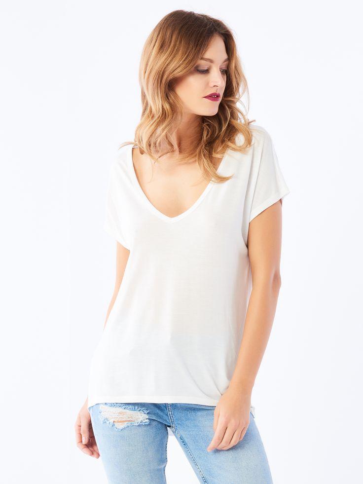 http://www.mohito.com/pl/pl/collection/all/koszulki/pk875-00x/basic-t-shirt