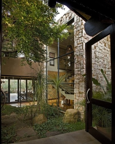 1000 images about glass houses and atriums on pinterest for Atrium garden window