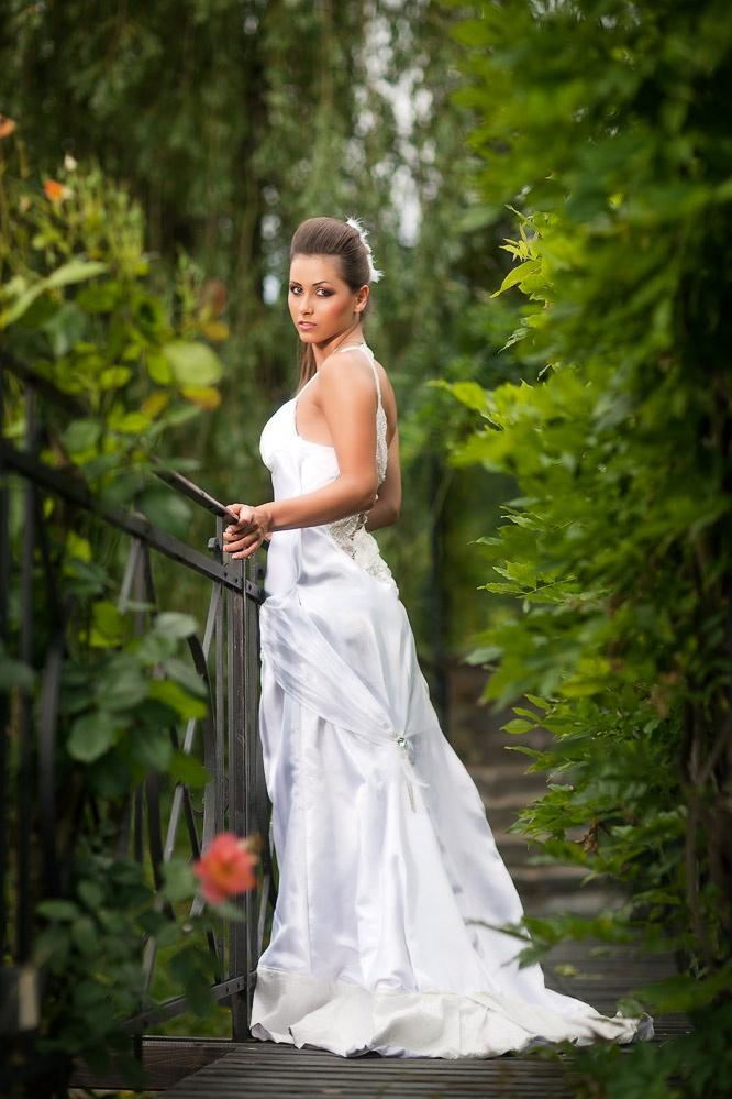 Dress: JKate - Kateřina Ivanová   Fotograf: Roman Pastorek