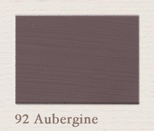 Krijtverf van painting the past in de kleur Aubergine